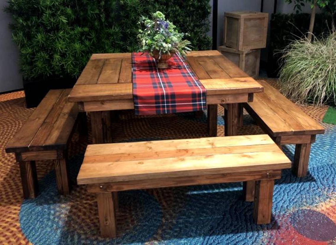 4' x 4' Farm Table - SF111