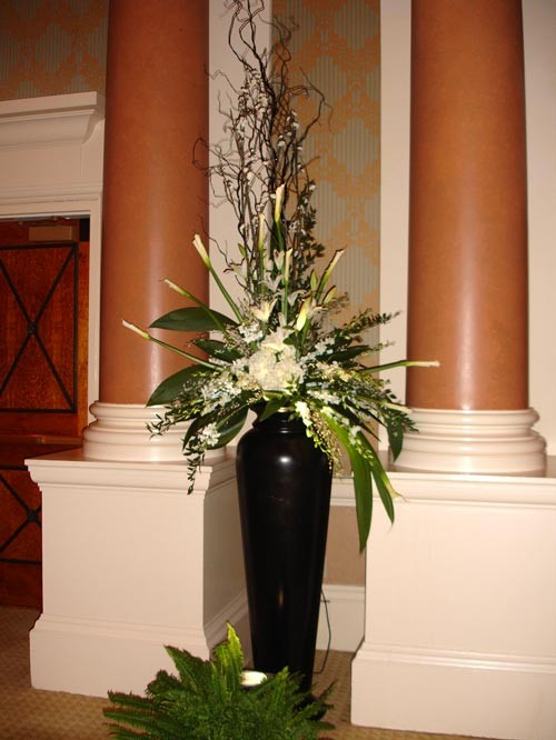 Black & White Arrangement in Tall Black Urn- PF98