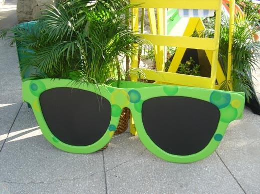Giant Sun Glasses- PR17 - (Qty: 4+)
