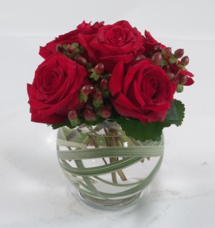 Red Roses and Hypericom Berries  - PF88
